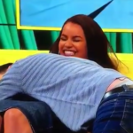 Lateysha Grace danse le twerk à la télé, en pleine danse sexy sa robe craque en direct