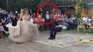 Quand papi découvre ce que son fils fait avec la mariée, il panique!