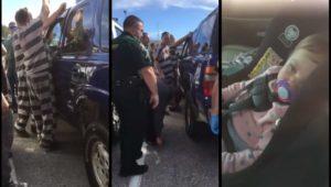 Des détenus de la prison aident la police à ouvrir une voiture pour sauver un bébé
