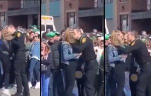 Ce policier se fait draguer par une femme et il n'arrive pas à résister !