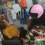 Le vendeur s'endort à la caisse et un voleur a voulu en profiter