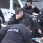 Les policiers bulgares se gazent eux-mêmes en voulant disperser des manifestants