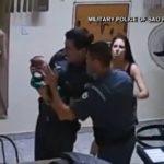 Les policiers sauvent un bébé étouffé avec du lait