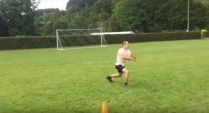 Fast-catch boomerang filmé avec une caméra haute vitesse