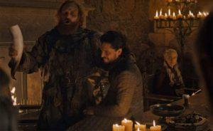 Un gobelet Starbucks oublié sur une table dans Game of Thrones