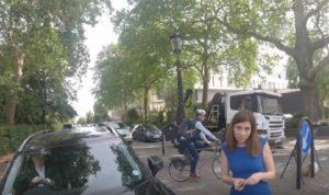 Vidéo: un cycliste affronte des médecins qui roulent du mauvais côté de la route