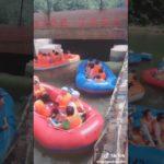 Rafting en vacances sur une rivière en Chine