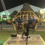 Un câble se déchire avant le lancement d'un slingshot dans les airs