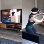 Elle joue au boxe en réalité virtuelle pour la première fois