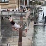 Un athlète britannique saute dans le Rhin à Bâle