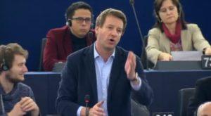 Le président du Parlement européen recadre Yannick Jadot après sa demande de minute de silence