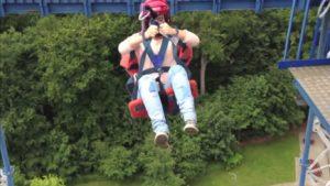 Une chute libre de 30 mètres sans être attaché par un câble !