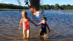Action Movie Kid : Un papa transforme son fils en super héro