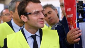Les gilets jaunes: «des gens qui n'ont pas beaucoup de projet pour le pays si ce n'est de le mettre à l'arrêt» selon Macron