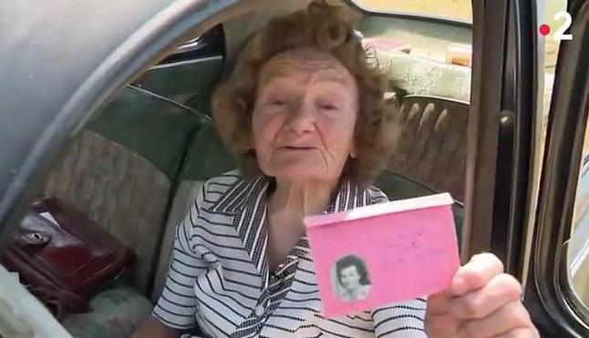 Une habitante de Norolles, conduit une Peugeot 203 depuis 1954